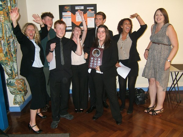 Mapelsden Noakes School, Team Firebird Training wins 2011 Business Challenge